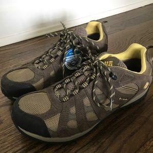 Columbia Shoes - Columbia Women's Redmond Waterproof Hiking Shoe